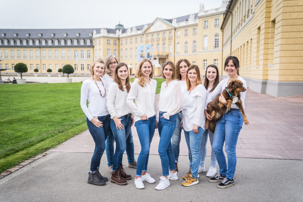 Team photo in front of the Karlsruhe Palace