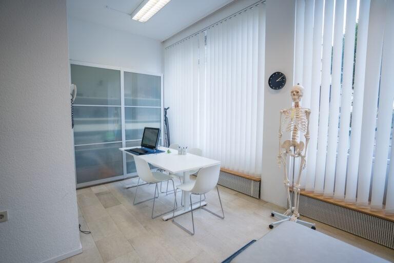 Behandlungsraum Neurologie
